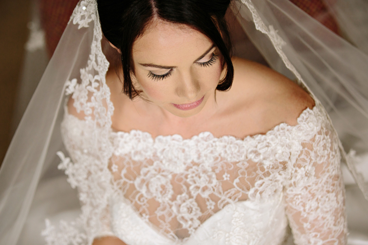 Bride on her wedding day - beautiful makeup